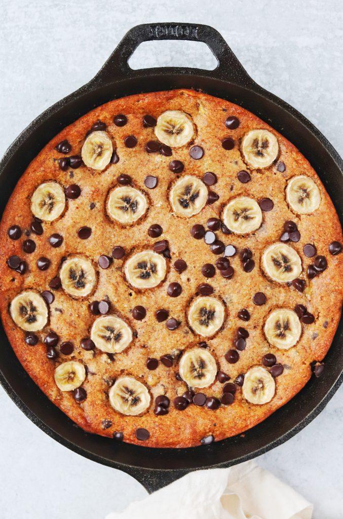 Almond Butter Banana Bread Skillet - Daisybeet