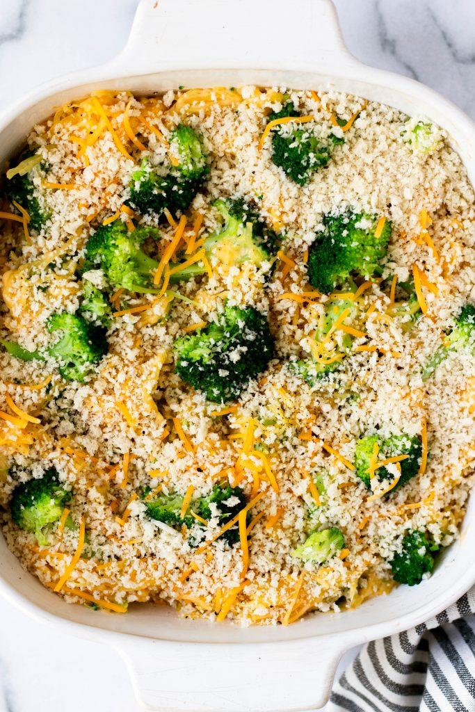 Broccoli Cheddar Spaghetti Squash Casserole - Daisybeet