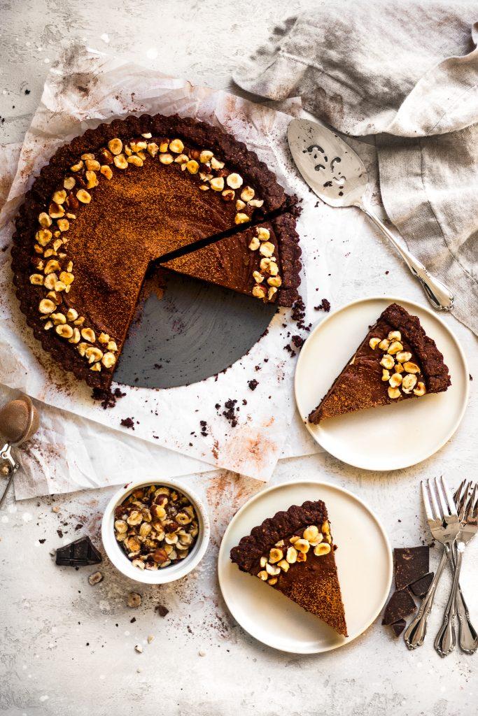 Vegan Chocolate Hazelnut Tart - Valentine's Day Dessert Recipes - The Banana Diaries via Daisybeet