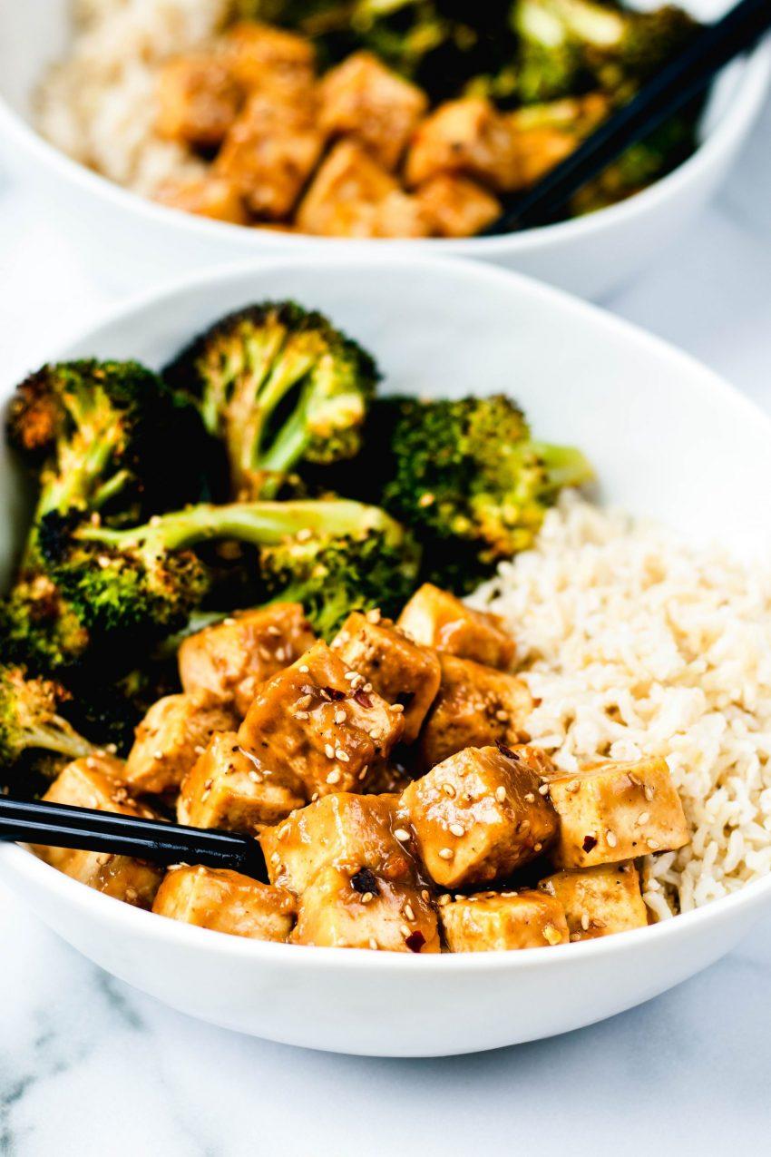 Peanut Tofu Bowls - Daisybeet