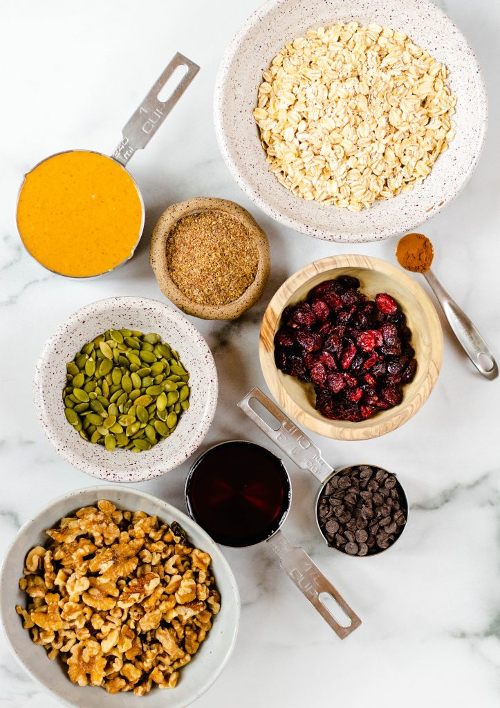 No Bake Peanut Butter Trail Mix Bars Ingredients-Daisybeet