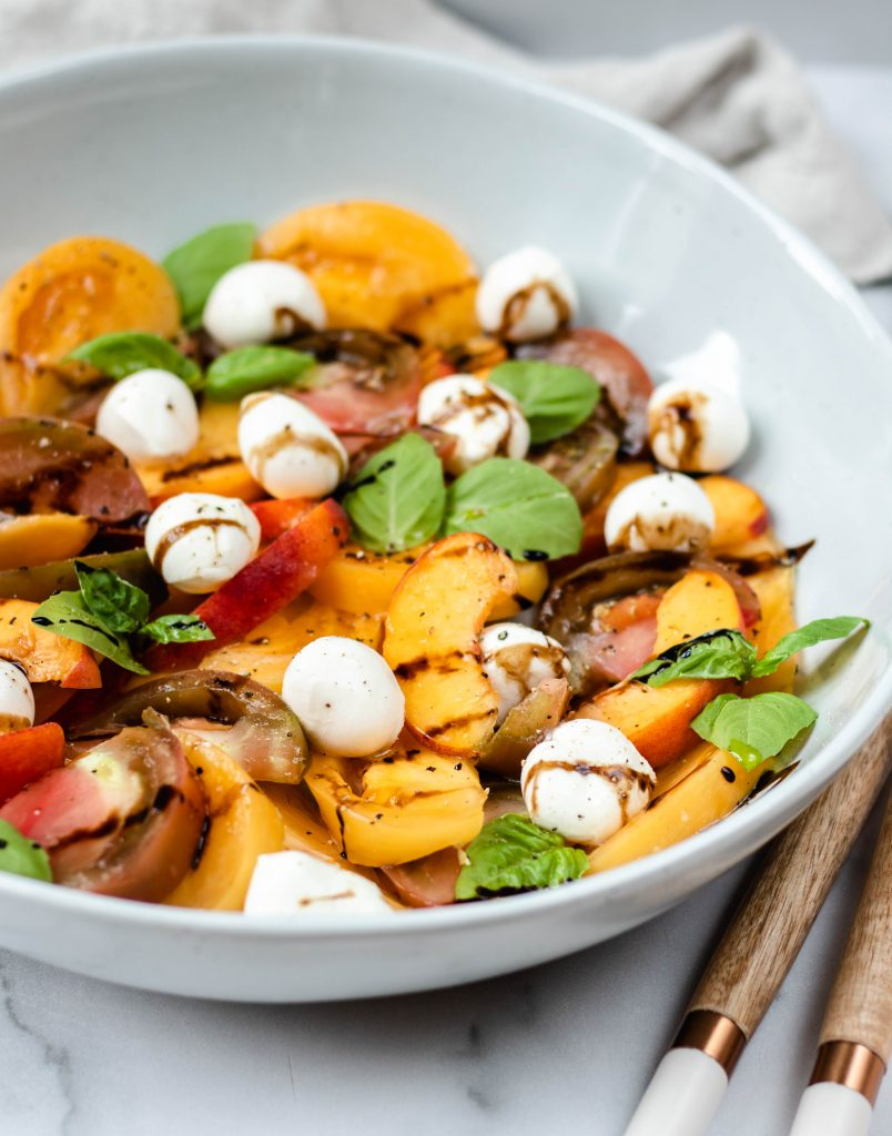 Peach Caprese Salad with Heirloom Tomatoes - Daisybeet