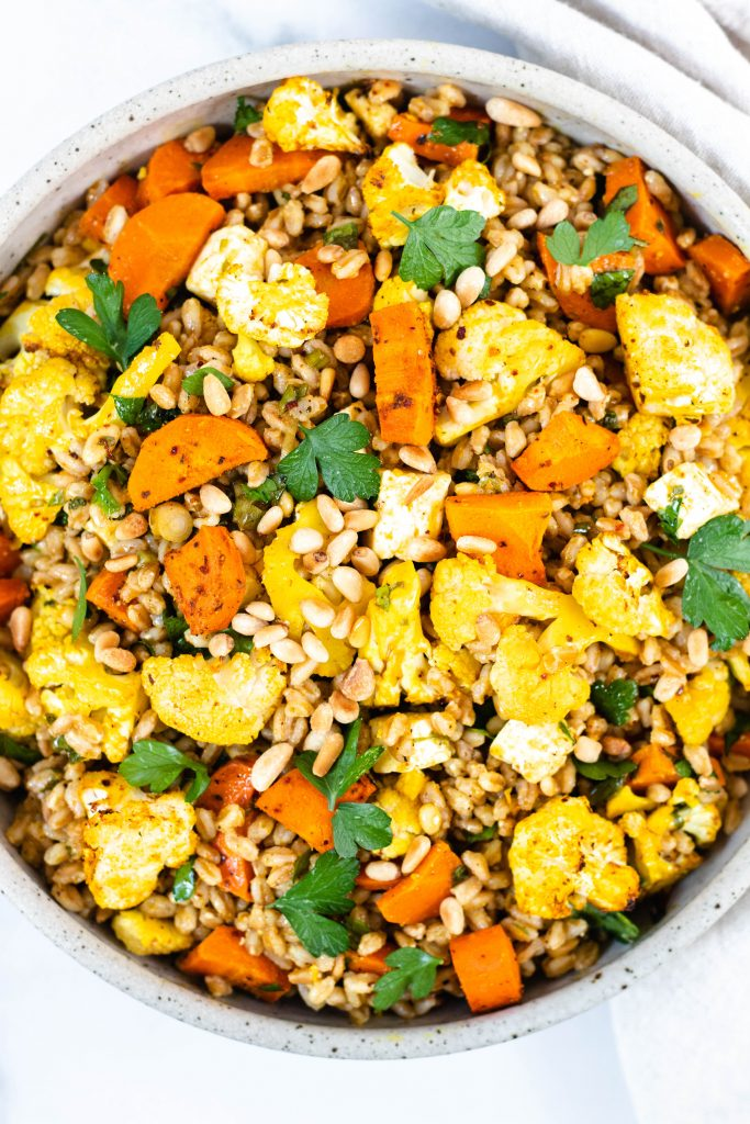 Farro Salad with Spice Roasted Vegetables and Feta Cheese - Daisybeet