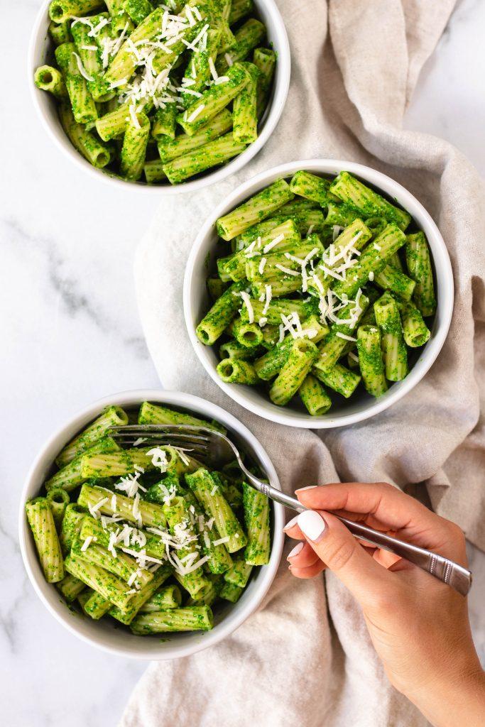Spinach Green Sauce Pasta - Daisybeet