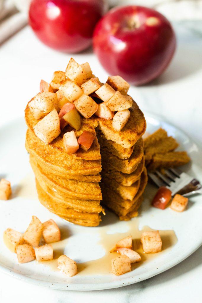 Healthy Pumpkin Pancakes with Warm Cinnamon Apples (Gluten Free) - Daisybeet