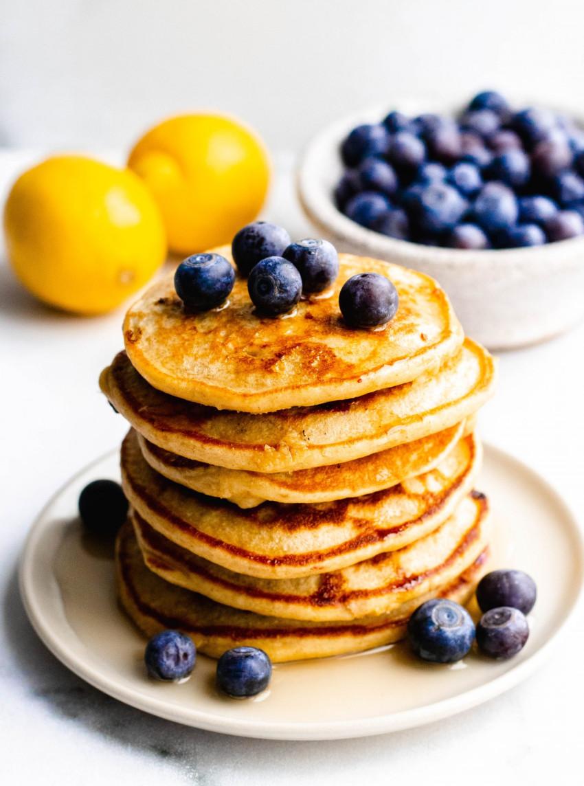 Healthy Lemon Blueberry Pancakes | Daisybeet | Alex Aldeborgh, MS, RD
